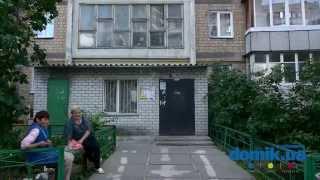 Оболонский пр-т, 15Б Киев видео обзор(Проспект Оболонский, 15-Б. 9-ти этажный дом, построенный в 1975-м году из кирпича. Единственный вход в парадное..., 2014-09-15T15:24:15.000Z)