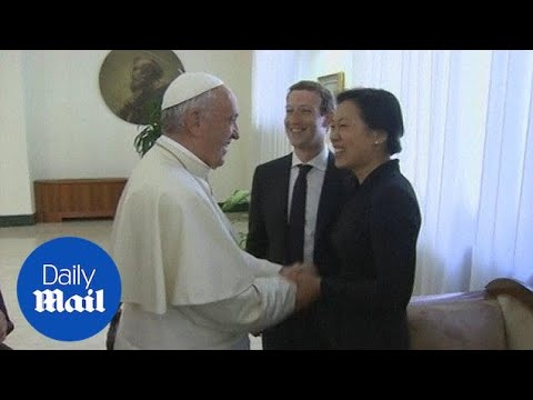Mark Zuckerberg and his wife Priscilla meet with Pope Francis - Daily Mail
