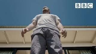 Is it possible to be a giant human? | Size Matters - BBC