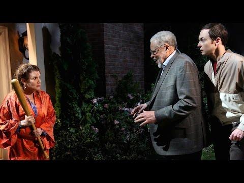 The Big Bang Theory - When Princess Leia Met Darth Vader