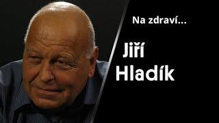 """""""Na rozdíl od USA se u nás provádějí celé pitvy. Člověk se jim nevyhne..."""" – říká lékař Jiří Hladík"""