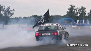 BMW 320is E30 CRAZY DONUTS!