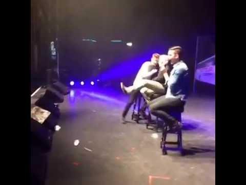 Tyler Oakley and Troye Sivan (Troyler) kiss at Digifest UK ...