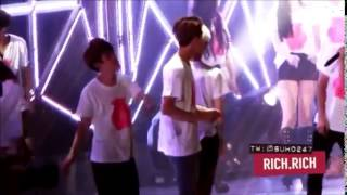 Red Velvet Interactions with SNSD Yoona and EXO Suho @ SMTown World Tour IV 2014 Seoul