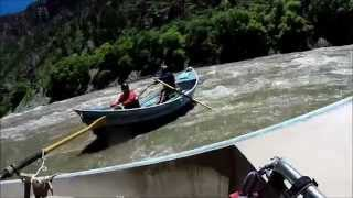 Shoshone Rapids: highwater raft flip 2014