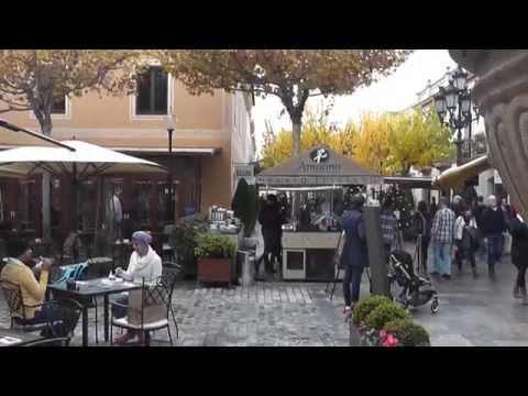 #la-roca-village-la-ciudad-del-consumo
