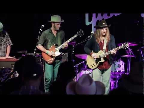 QCNH- Gibson Showcase: SXSW 2013