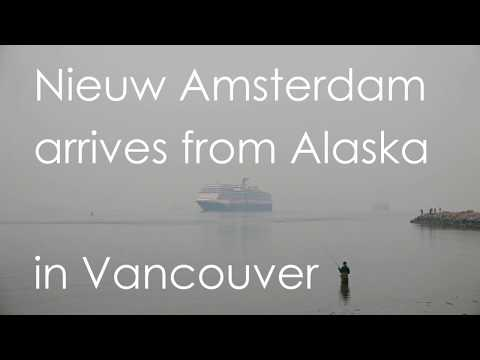 """Nieuw Amsterdam"" arrives from Alaska in Vancouver (02)"