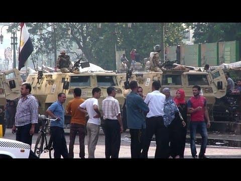 Egypt mosque besieged as Islamists prepare fresh demos