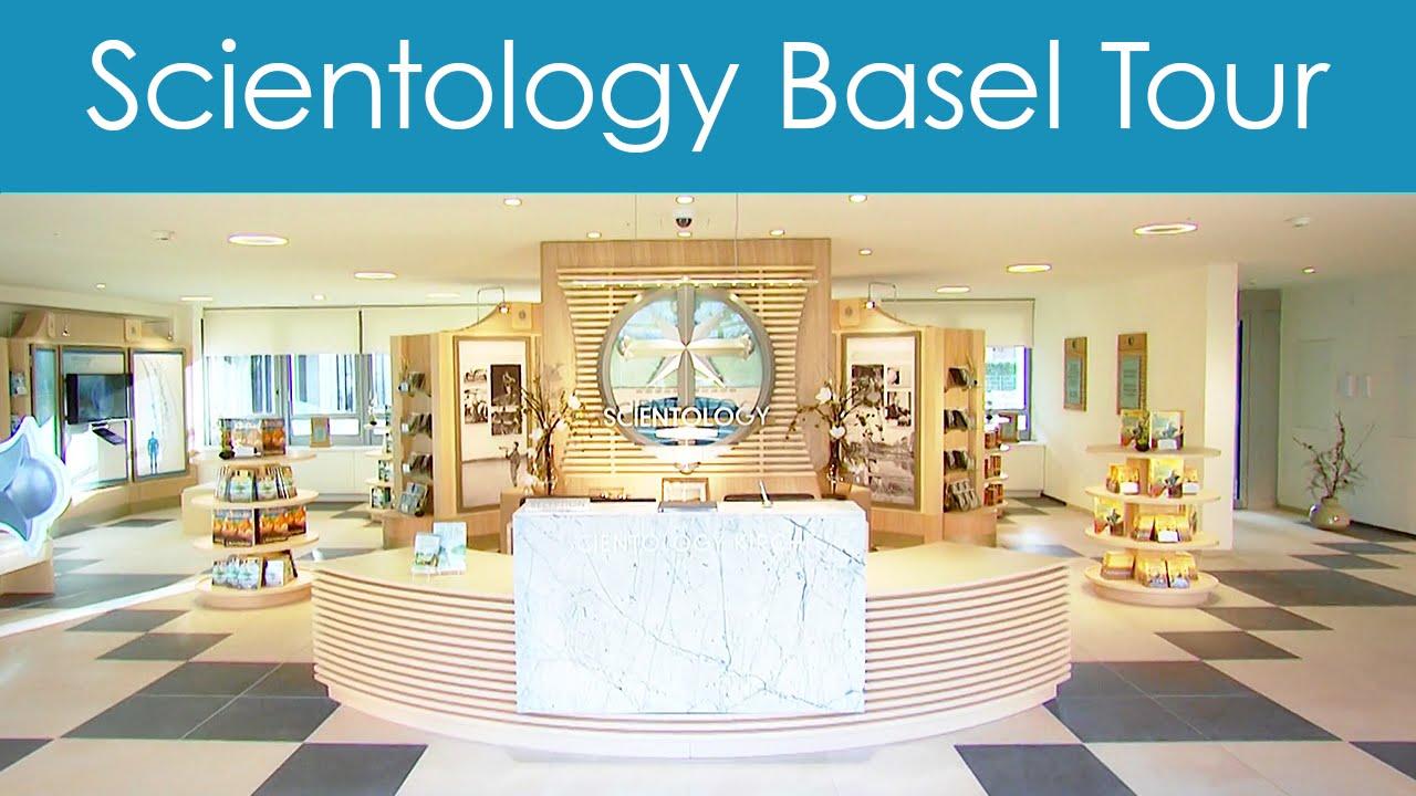 Prohlídka budovy Scientologické církve v Basileji ve Švýcarsku