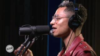 "José James performing ""To Be With You"" Live on KCRW"