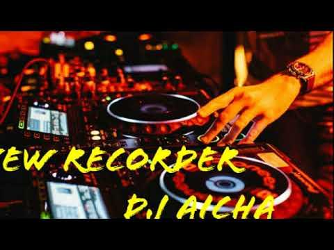 New recorder dj Aicha on the mix