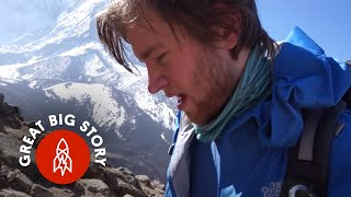 Download Climbing Mount Everest at 22 Years Old Mp3 and Videos