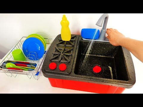 Cooking and Washing Dishes on Stove Faucet Playset for Kids