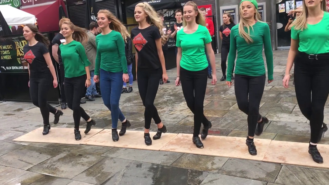 Download Fusion Fighters Dance Crew Perform in Temple Bar, Dublin