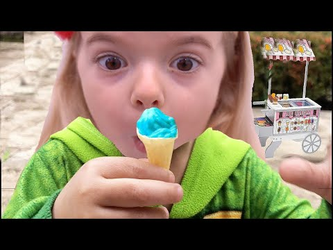 Anabella Pretend Play Ice Cream Shop