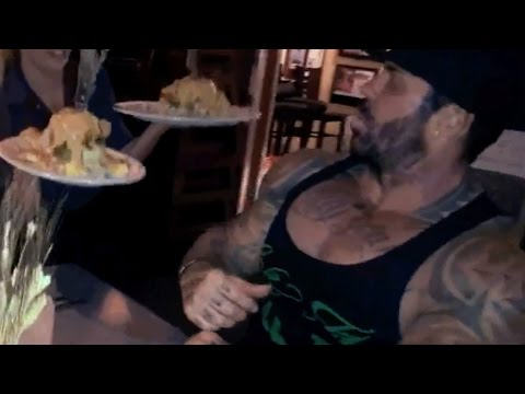 MAN vs FOOD - HASH HOUSE A GO GO - EATING CHALLENGE - 5 %ERS vs FOOD - Rich Piana