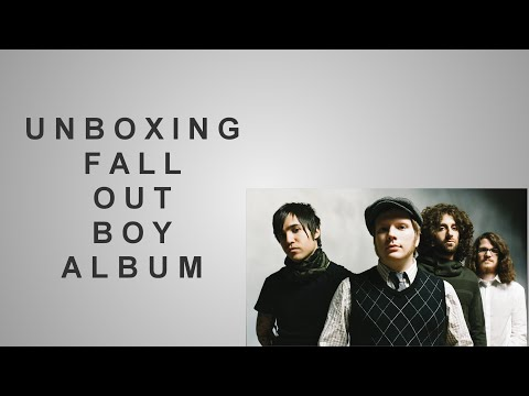 Unboxing Fall Out Boy's American Psycho American Beauty Album