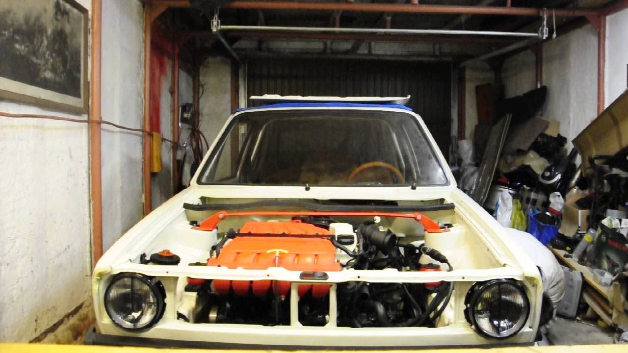 vw golf mk1 r32 pepper white engine first start. Black Bedroom Furniture Sets. Home Design Ideas