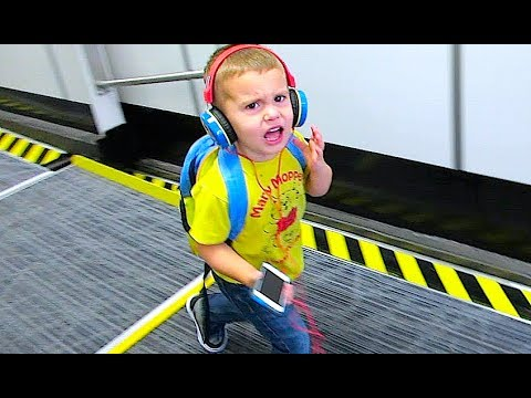 ANGRY 3 YEAR OLD AIRLINE PASSENGER!