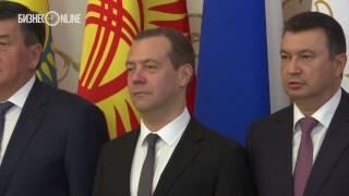 Медведев прибыл в Казанскую Ратушу для участия в заседании Совета глав правительств СНГ