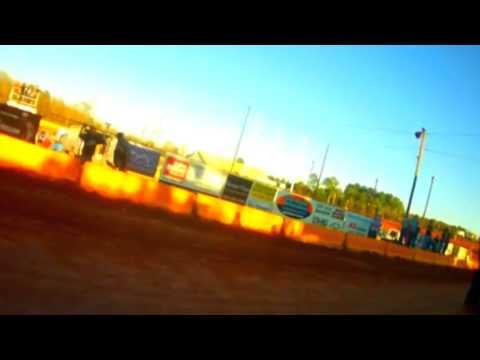 Racing - Brenton Ferre 322 go Kart racing at Cherokee speedway dirt hd