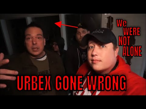 (ABANDONED HAUNTED CARRAWAY HOSPITAL) THIS PLACE IS CRAZY DANGER AWAITS AROUND EVERY CORNER