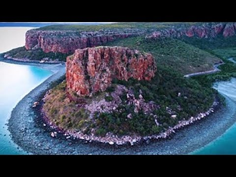 Open Data on a Continental Scale - Digital Earth Australia, Geoscience Australia