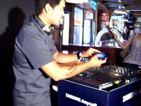 Samsung Beat DJ M7600記者會DJ示範