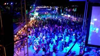 タイのパンガン島で満月の夜に行われる音楽フェスティバル、フルムーン...