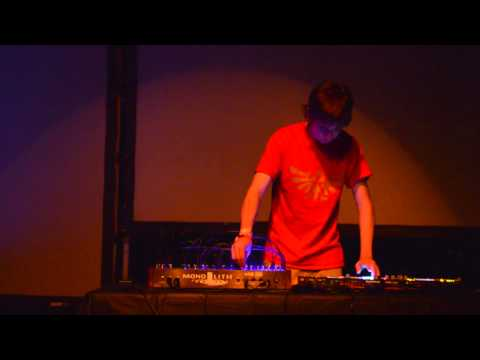Modular Wild Vists New Media and Art Sound Summit 2015- Tyler Thompson