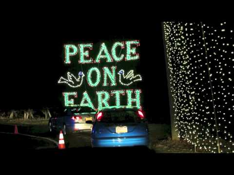 SHADY BROOK FARM LIGHT SHOW 2012