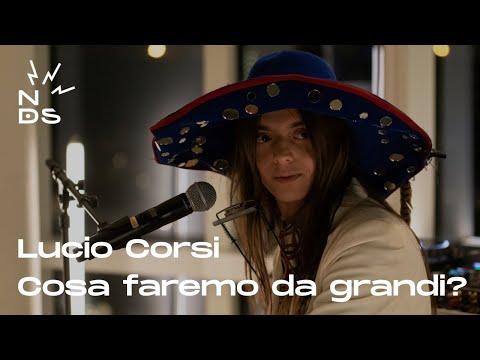 Download Lucio Corsi - Cosa faremo da grandi? - Live a Niente di Strano buddybank | TIDAL Mp4 baru