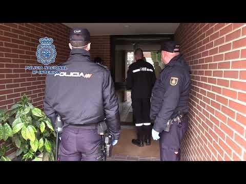 La Policía Nacional escolta a los médicos de la UME a hacer los tests del covid-19