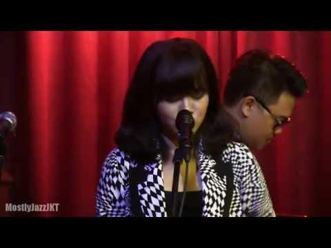 YURA - Jester Suit @ Mostly Jazz 15/05/14 [HD]