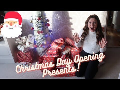 CHRISTMAS DAY! Opening Presents, Family Games, UNCUT! | I bought myself an expensive gift!
