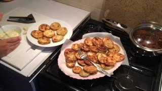 Как вкусно пожарить кабачки . Жареные кабачки с чесноком и майонезом . Что приготовить на ужин