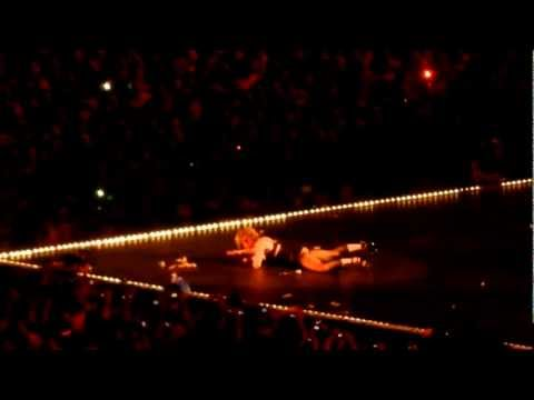 Madonna - Don't Cry For Me Argentina (Live in Buenos Aires 2012)