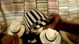 Tradición Antioqueña: Ponchos y Sombreros