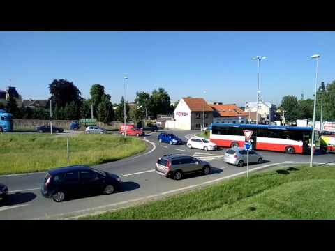 Coolpad Torino (testovací video) - 1080p, exteriér, den, 30 FPS