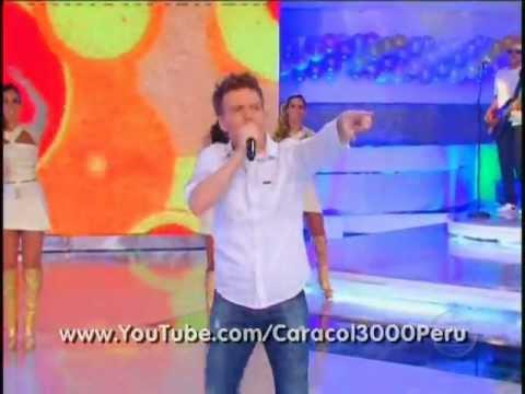 Michel Teló en TV Xuxa - Ai se eu te pego (vivo) 31.12.2011 ((stereo))