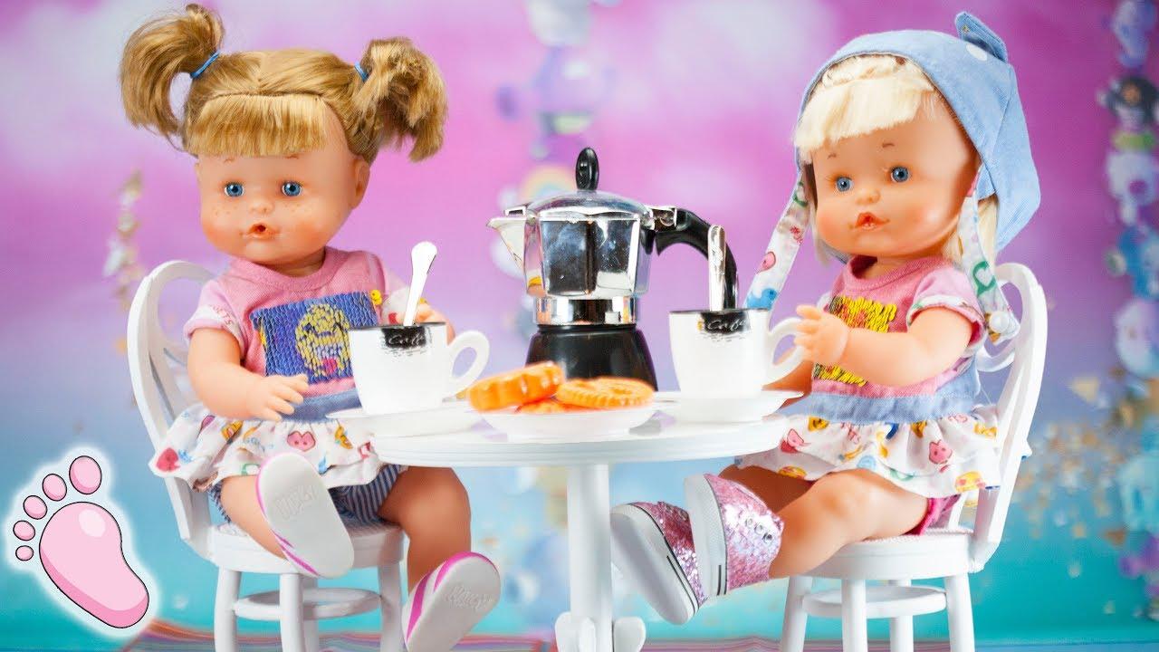 👣 Bebés Noa y Noe Nenuco: les regalo un juego de café y muebles de ...