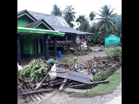 1 Orang Meninggal dan 18 Rumah di Pekon Umbar Tanggamus Hancur Dihantam Banjir