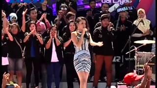 Video Nowela - Wrecking Ball - dahSyat Hut Surabaya download MP3, 3GP, MP4, WEBM, AVI, FLV September 2017