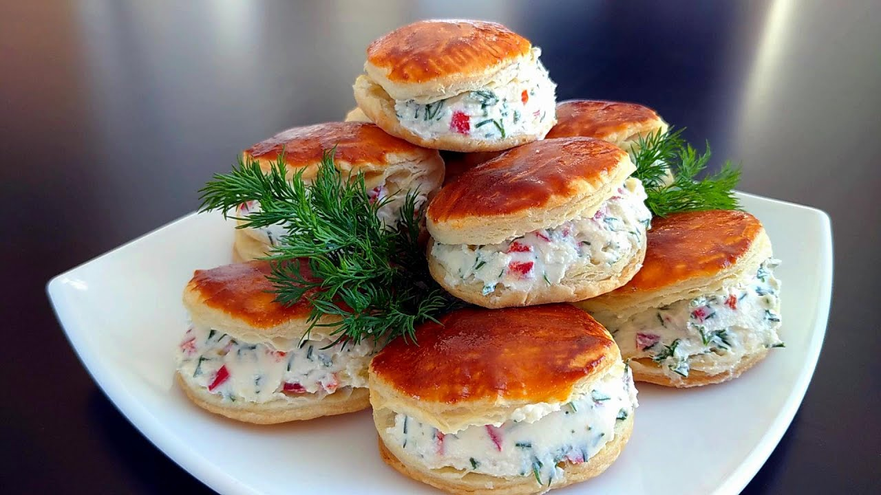 Крутой перекус-закуска! Делаю такие каждые выходные и нам всегда мало! Готовится просто и быстро!