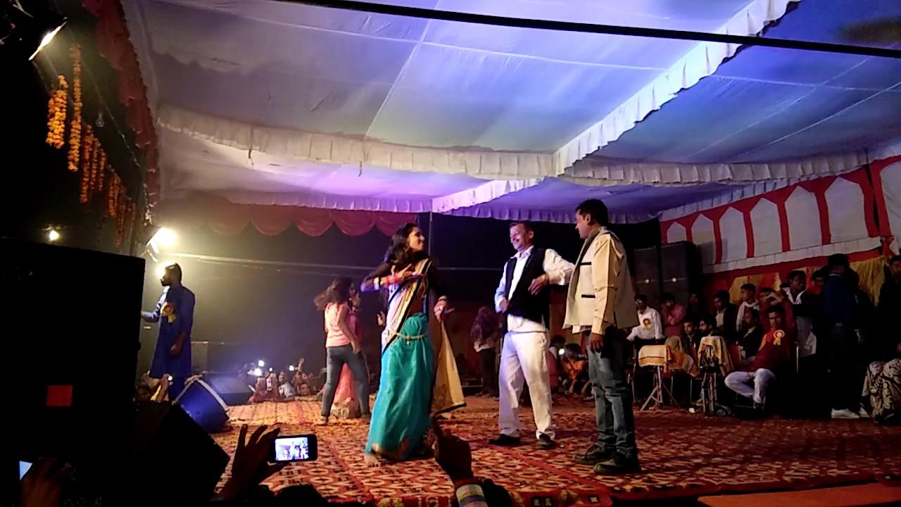 Kuleshra chatt dance with bhojpuri singer Guddu Rangeela