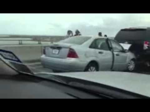 RAW VIDEO: South Padre Island Causeway Wreck