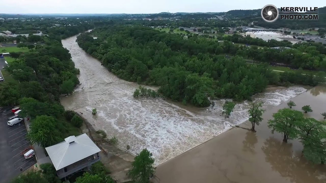The Woodlands Texas Flooding >> Kerrville Flooding May 29, 2016 - YouTube