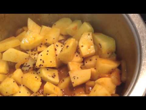 potato-curry-(vegetarian-dish)---learn-to-cook-indian-curries