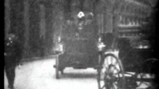 Automobile Parade New York City (1900)